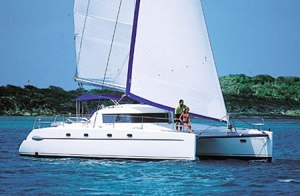 Fountaine Pajot Belize 43 (4+2 cab.)