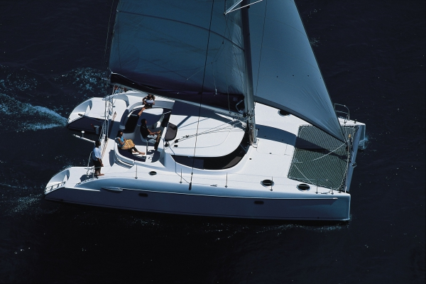 Fountaine Pajot Lavezzi 40 (4 cab.)