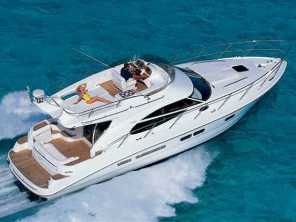 Sealine F42 Fly IPS (2cab.)
