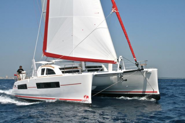 Catana 47 Custom (4+2 cab.)