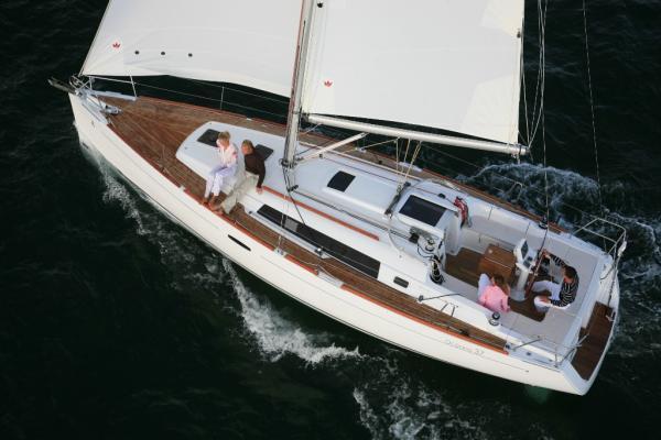 Beneteau Oceanis 37 (3 cab.)