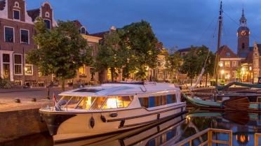Houseboat Sailing Belgia